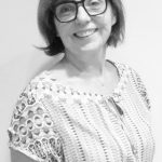 Profa. Dra. Claudia Andrade
