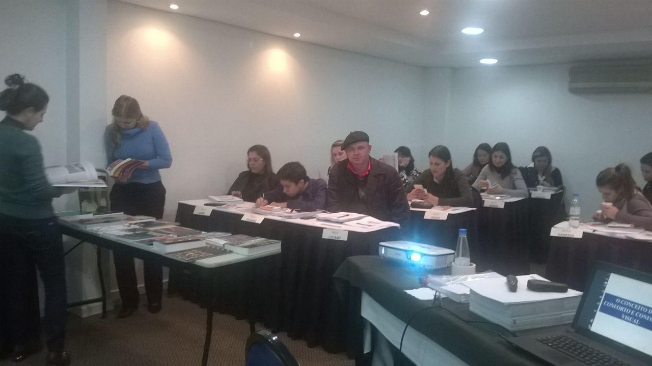 Curso de Iluminação Artificial - Luminotécnica Aplicada em Porto Alegre/RS